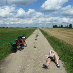 Jak spakować namiot na rower?