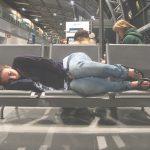 Czeka cię przesiadka na lotnisku? Sprawdź ile czasu potrzebujesz