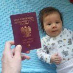 Jak wyrobić paszport dla niemowlaka?