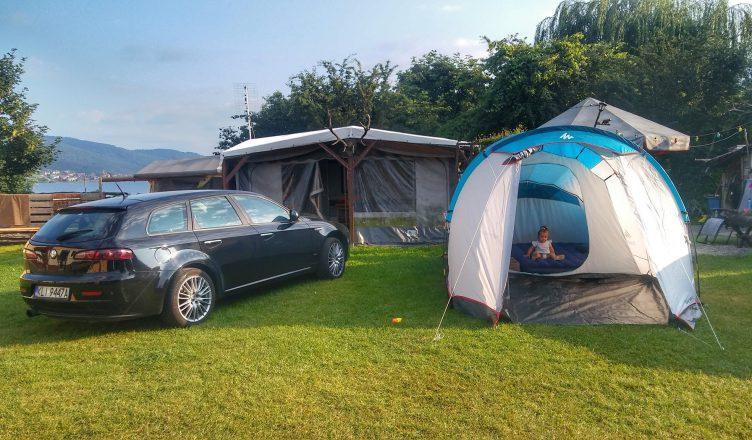Z niemowlakiem pod namiotem
